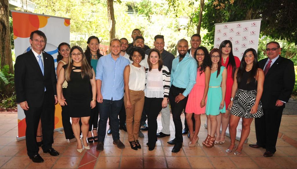 La Fundación AT&T otorgó 31 becas a estudiantes talentosos de la Universidad del Sagrado Corazón (USC).