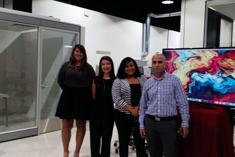 Incontrol Ad compuesta por (izquierda a derecha en la foto): Giovanna Matos, Paola Pratts, Marieliz De León y Christopher Arroyo.