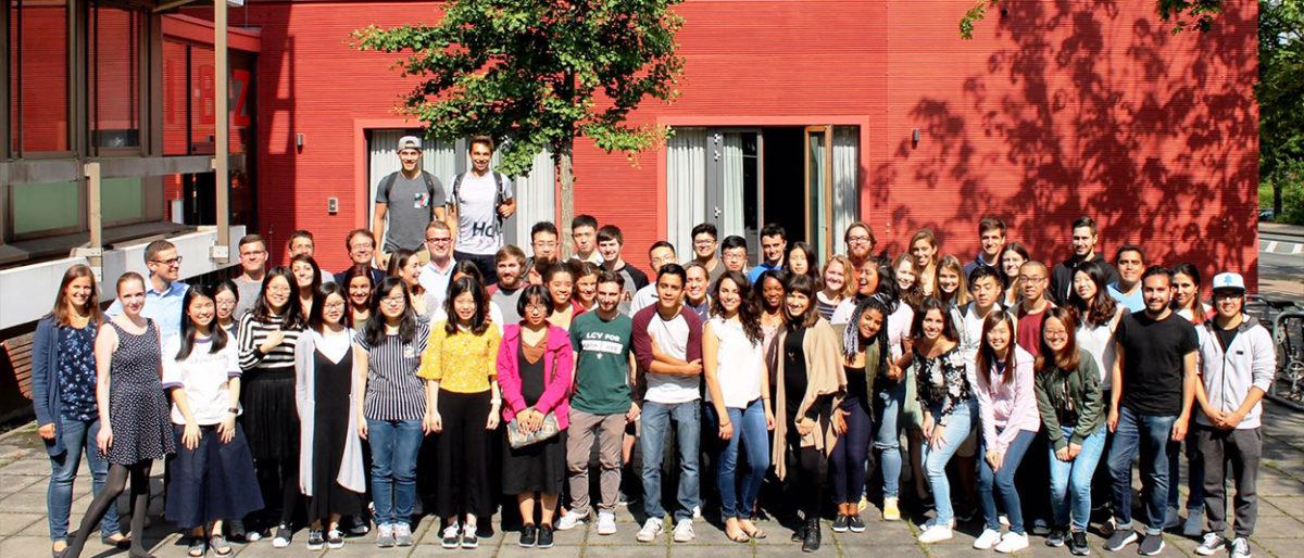 Enlace permanente a:Llegan a Dortmund para aprender alemán