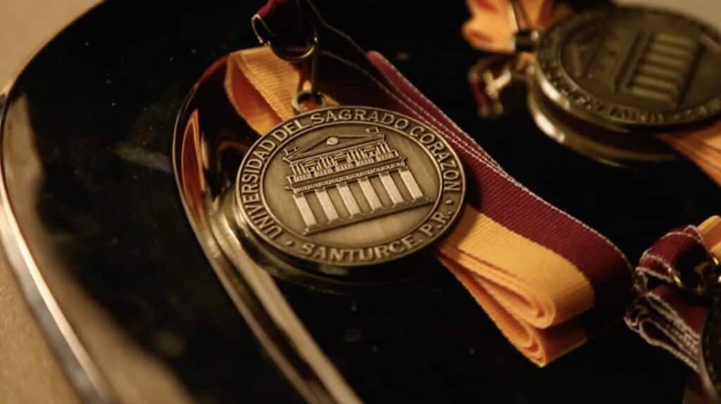 Medalla Pórtico
