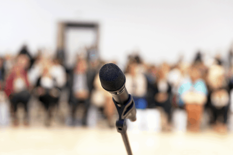 No improvises durante el discurso. (Archivo)